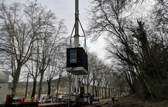 RIP - shelter installé à Saint Antonin Noble Val - Altitude - Octogone Fibre